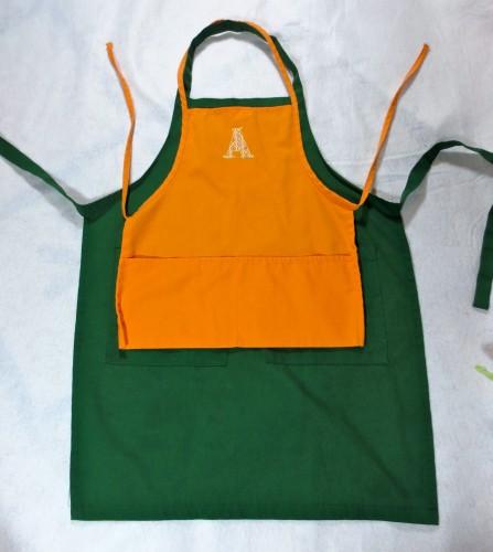 little a apron