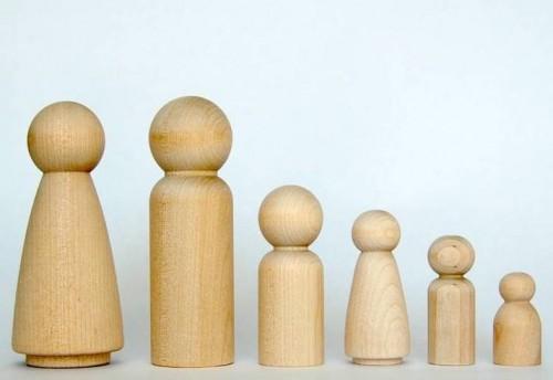 original_personalised-family-of-three-peg-dolls-craft-kit