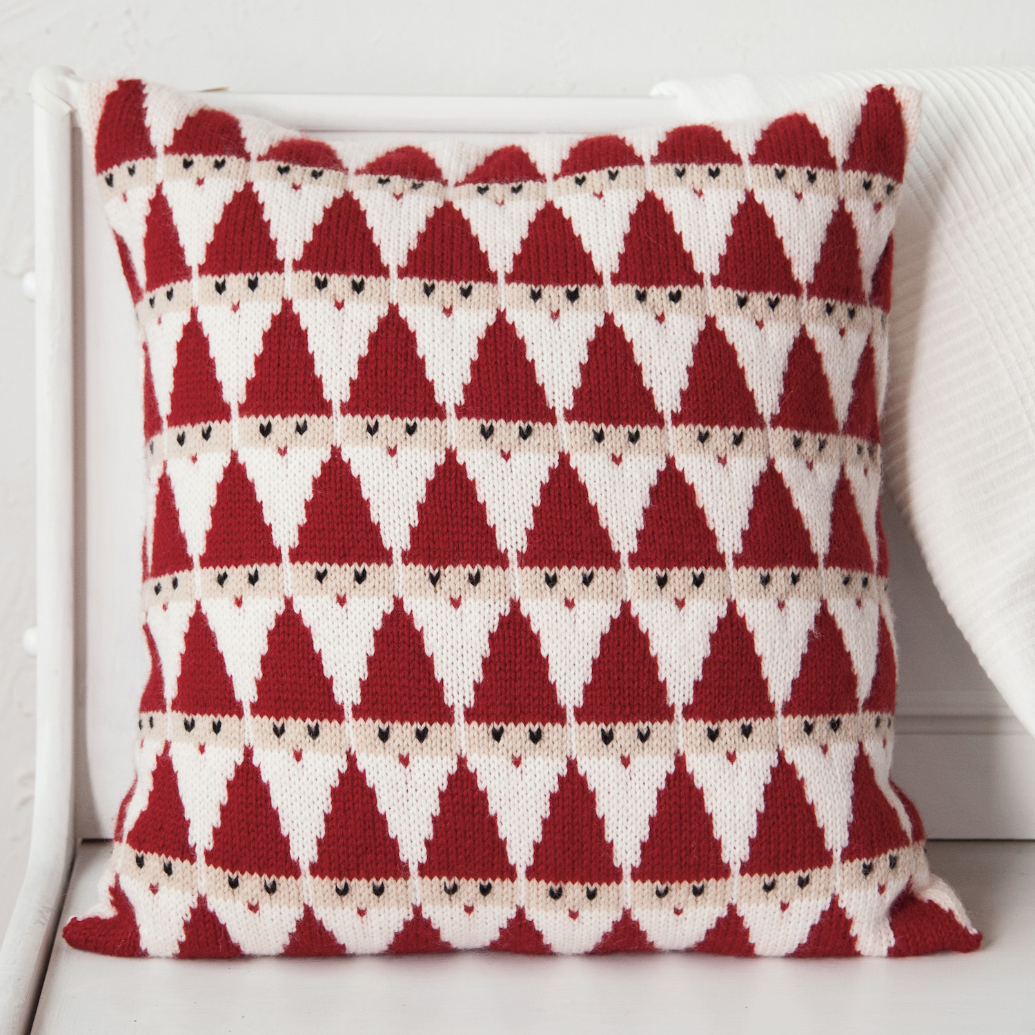 Just crafty enough new knitting pattern santa pillow living in minnesota and being of swedish descent my christmas dcor tends to be very scandinavian in design red hearts flickering candles straw goats bankloansurffo Gallery
