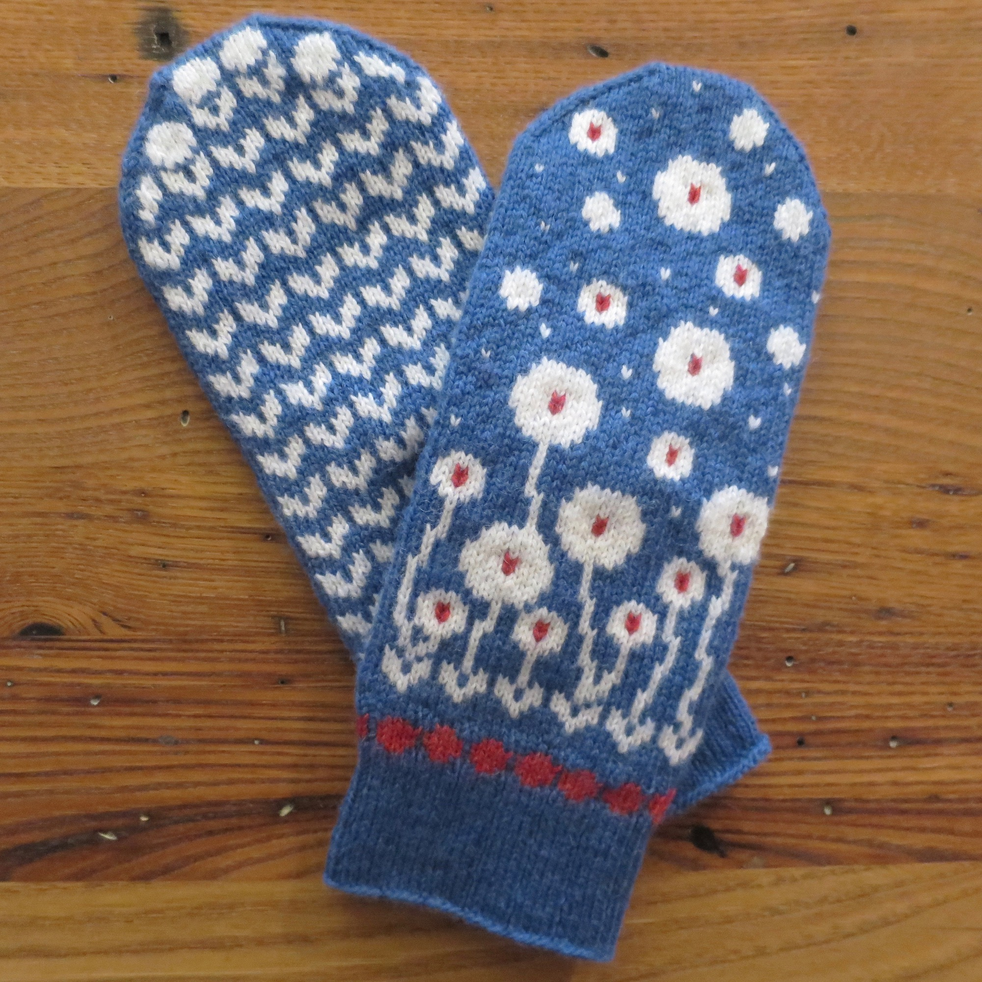 Just Crafty Enough – Bloomin\' Happy Mittens KAL: Clue 4